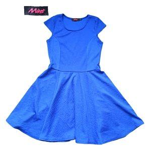 Mint Dress, Size 8, Blue